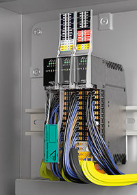 The AS-Interface modules KE5 are real space savers in switch boxes or cabinets.