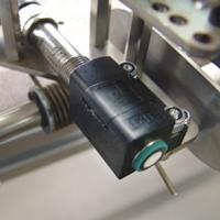 En ultralydsensor beskytter robotarmen
