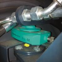 Det induktive målesystemet måler styringsvinkelen.